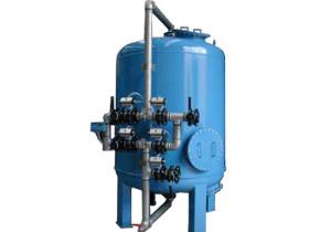 Filtro deferrizzatore con portata oraria di 20 mc. Iron removal filter with hourly flow of 15 mc/h.